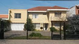 Foto thumbnail Casa en Venta en  Adrogue,  Almirante Brown  Adrogue