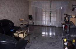 Foto Casa en Venta en  Liniers ,  Capital Federal  GARCIA DE COSSIO 7300