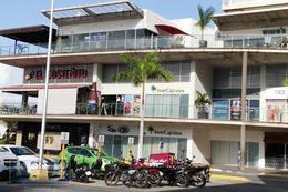 Foto Local en Renta en  Cancún Centro,  Cancún  Local en renta en Cancún/Malecón Américas