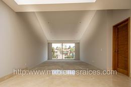 Foto Casa en Renta | Venta en  Lomas Country Club,  Huixquilucan  Espectacular casa para estrenar en Lomas Country
