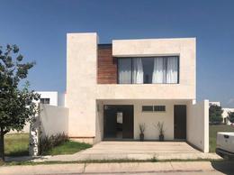 Foto Casa en Renta en  Residencial Punta del Este,  León  Casa Moderna en Renta !!