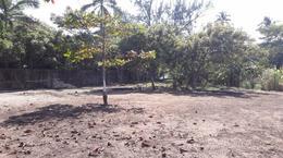 Foto Terreno en Venta en  Trópico de La Rivera,  Coatzacoalcos  Terreno Habitacional en Venta, Col. Trópico de la Rivera
