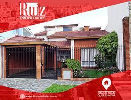 Foto Casa en Venta en  Carapachay,  Vicente López  Navarro al 5500
