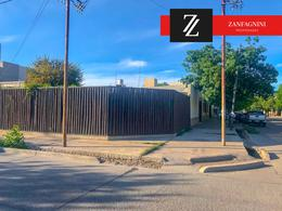 Foto Casa en Venta en  San Martin ,  Mendoza  Sargento Cabral 343