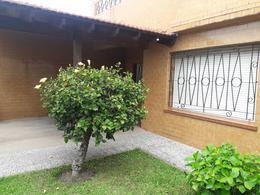 Foto Casa en Venta en  Remedios De Escalada,  Lanus  Magallanes 972