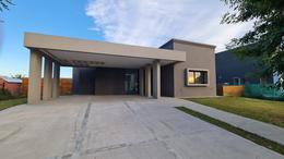 Foto Casa en Venta en  El Canton,  Countries/B.Cerrado (Escobar)  Casa en venta ubicada en el Barrio El Cantón. Escobar