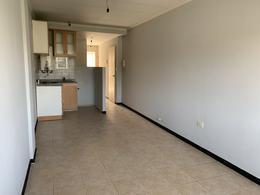 Foto Departamento en Alquiler en  Luis Agote,  Rosario  Santa Fe al 3200