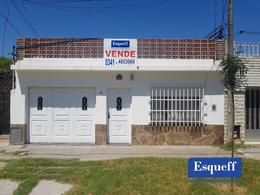 Foto Casa en Venta en  Las Heras,  Rosario  GARIBALDI 573