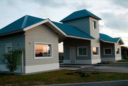 Foto Casa en Venta en  Laguna Azul,  Countries/B.Cerrado (Ezeiza)  Pte.NESTOR KIRCHNER 11.300 - Ruta 205 al 100