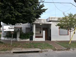Foto Local en Venta en  Castelar Sur,  Castelar  Capdevila al 1800