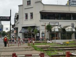 Foto Local en Venta en  Olivos,  Vicente Lopez  Corrientes al 500