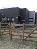 Foto Casa en Venta en  La Plata ,  G.B.A. Zona Sur  11 bis   e/ 650 y 651