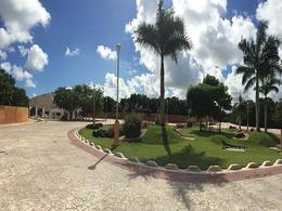 Foto Terreno en Venta en  Lagos del Sol,  Cancún  Terreno en venta en  lagos del sol Cancun