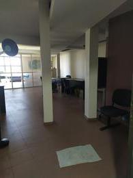 Foto Oficina en Alquiler en  Capital ,  Neuquen  San martin y Brown