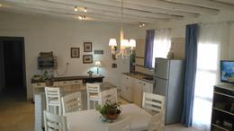 Foto thumbnail Casa en Venta en  Barreal,  Calingasta  Mariano Moreno s/n al 400