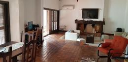Foto Casa en Venta en  Jardín Espinosa,  Cordoba Capital  Santa Marta al 3900