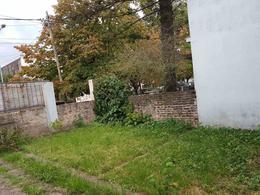Foto Casa en Venta en  Lanús ,  G.B.A. Zona Sur  Aristobulo del Valle 3400