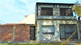 Foto Casa en Venta en  Castelar Norte,  Castelar  OPORTUNIDAD UNICA !!!Ranchos al 1900