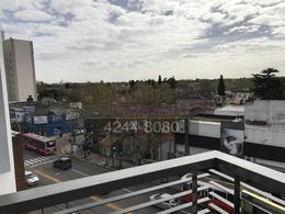 Foto Departamento en Venta en  Temperley Este,  Temperley  Alte. Brown 3335 13° A