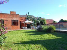 Foto Casa en Venta en  Caisamar,  Mar Del Plata  Storni entre Daireaux y Rojas
