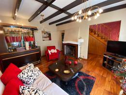 Foto Casa en Venta en  Hurlingham ,  G.B.A. Zona Oeste  Nicolas Repetto 300