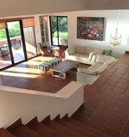 Foto Casa en Venta en  Punta Ballena ,  Maldonado  Casa en Punta Ballena