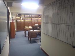 Foto Oficina en Alquiler en  Monserrat,  Centro      Tacuari 32, 4 Piso, 2 cocheras, esquina Av. de Mayo, CABA