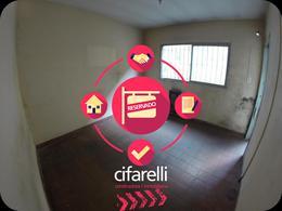 Foto Casa en Alquiler en  Mataderos ,  Capital Federal  Av. Emilio Castro al 5400