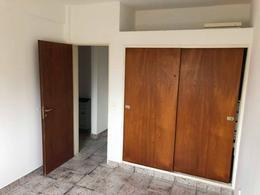 Foto Departamento en Venta en  Santa Genoveva ,  Capital  San Juan al 900