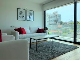Foto Departamento en Alquiler en  Puerto Buceo ,  Montevideo  1 dormitorio y 2 baños, garaje y box. Se alquila con muebles