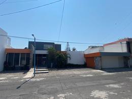 Foto Local en Renta en  Fraccionamiento Virginia,  Boca del Río  FRACC. VIRGINIA, Local en RENTA ideal para escuela u oficina