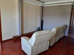 Foto Casa en Venta en  Conocoto,  Quito      Hermosa casa independiente ,urbanización privada,  La Salle