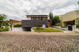 Foto Casa en Venta en  Fraccionamiento El Campanario,  Querétaro  Casa en Venta en El Campanario, Querétaro