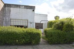 Foto Casa en Venta en  General Belgrano,  General Belgrano  Avenida 25 de Mayo e/ Laprida y Guido al 300