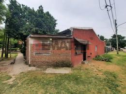 Foto Casa en Venta en  Moreno ,  G.B.A. Zona Oeste  La Plata esq. 12 de Octubre