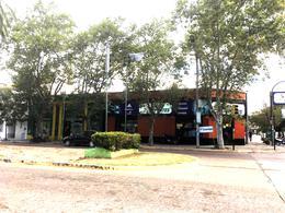 Foto Local en Venta en  San Pedro ,  Interior Buenos Aires  3 de Febrero y Mitre