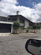 Foto Casa en Venta en  Centro Norte,  Quito   Amplia casa en La Mañosca. 250 mts , 4 dormir. VENTA$290.000