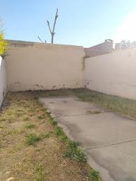 Foto Casa en Alquiler en  Capital ,  Neuquen  Av. San juan al 2100