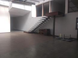Foto Local en Alquiler en  San Rafael,  Quito  Av. General Enriquez