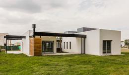 Foto Casa en Venta en  Canning,  Canning  lote 104 santa Ines -Financia-