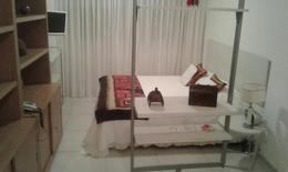 Foto Departamento en Alquiler temporario en  Recoleta ,  Capital Federal  Quintana al 700 Entre Ayacucho y Av. Callao