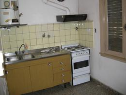 Foto Casa en Alquiler en  Esc.-Centro,  Belen De Escobar  Sarmiento 460