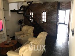 Casa en venta 3 dormitorios, quincho, jardín, Barrio Cinco Esquinas