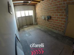 Foto Casa en Venta en  Villa Lugano ,  Capital Federal  Unanue al 6300