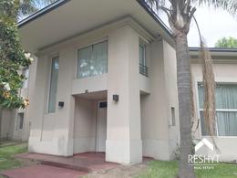 Foto Casa en Alquiler en  Las Lomas-Golf,  Las Lomas de San Isidro  DIEGO PALMA al 2800 - LOMAS DE SAN ISIDRO