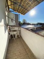 Foto Casa en Venta en  Tigre ,  G.B.A. Zona Norte  teniente chapa al 200 - oportunidad!