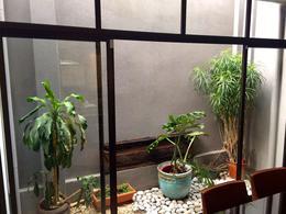 Foto Casa en condominio en Venta en  San Rafael,  Escazu  Townhouse detrás de Multiplaza / Amplios espacios