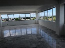 Foto Local en Renta en  Cancún ,  Quintana Roo  Av Nader y Tulum, Cancun centro