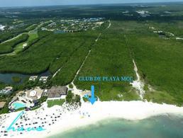 Foto Terreno en Venta en  Solidaridad,  Playa del Carmen  Lote Residencial Country Club Mayakoba con 377.01m2