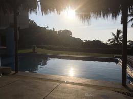 Foto Quinta en Venta | Renta temporal en  Fraccionamiento Las Brisas,  Acapulco de Juárez  Villa La Faraona